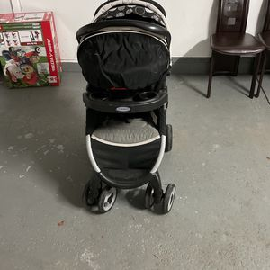 Stroller for Sale in Columbia Station, OH