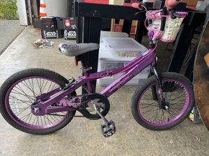 Girls 18'' bike for Sale in Lynnwood, WA