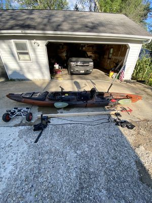 Wilderness Systems Thresher 155 Kayak. for Sale in Mackinaw, IL