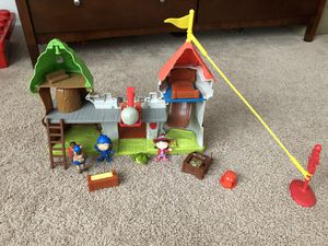 Mike The Knight Toys - Castle Playset for Sale in Clarksburg, MD