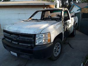2013 Chevy Silverado, v6 for Sale in Fresno, CA