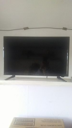 Proscan flatscreen tv. Dvd player does NOT work. Comes with remote. Price negotiable for Sale in Menomonie, WI