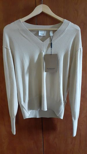 BURBERRY Sweater for Sale in Kent, WA