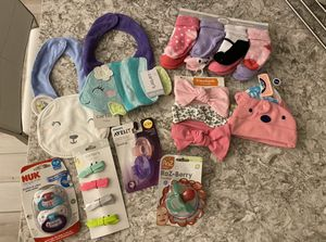 New Carter's Baby girl package for Sale in Wesley Chapel, FL