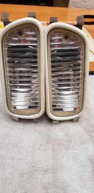 Honda acura parts Jdm dc2/db8/ek/cb intersection light for Sale in Los Angeles, CA