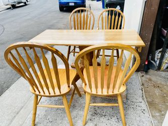 Antique table with four chairs for Sale in Los Angeles,  CA