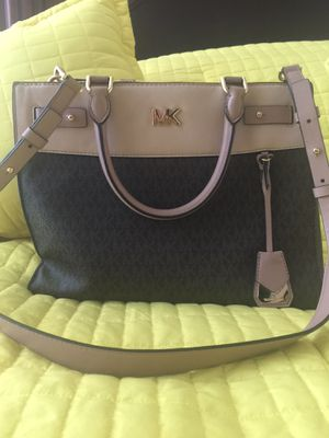 Michael Kors Purse for Sale in Richmond, TX