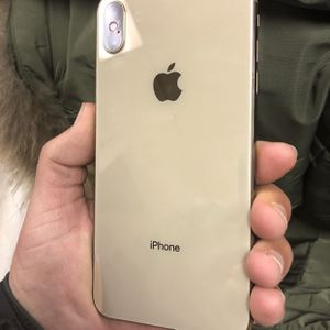 Factory Unlocked iPhone XS Max 256GB Gold. for Sale in Portland, OR