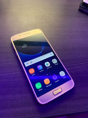 Gold Samsung Galaxy S7 32gb for Sale in Martinez, CA
