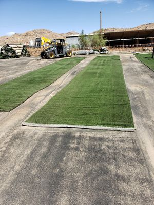 ALL GREEN USED ARTIFICIAL GRASS / LIGHTWEIGHT / CUT TO LENGTH for Sale in Menifee, CA