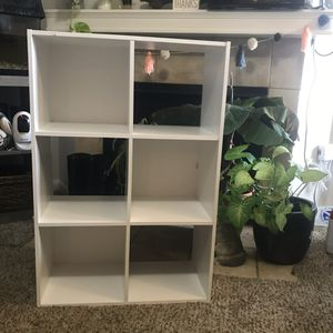 White 2 x 3 Cube Bookcase Bookshelf Storage for Sale in Altamonte Springs, FL