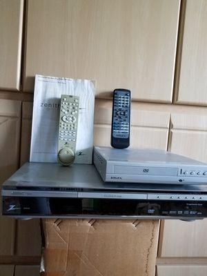 2 DVD & CD PLAYER'S for Sale in Hialeah, FL