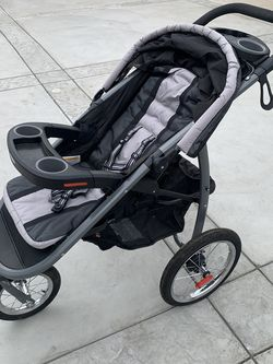 Graco Jogger Stroller for Sale in Los Angeles,  CA