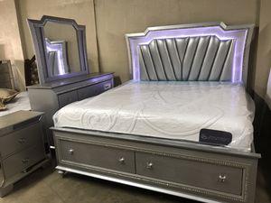 Brand new queen size bedroom set $1599 for Sale in Hialeah, FL