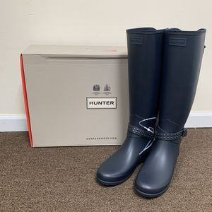 New Hunter Refined Adjustable Stud Tall Rain Boots for Sale in Chicago, IL