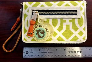 Spartina 449 Heyward Multi Phone Wallet for Sale in Herndon, VA