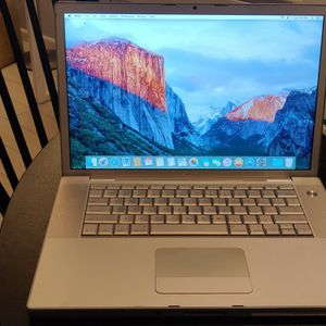 Macbook Pro 15-inch Early 2008 for Sale in Pompano Beach, FL