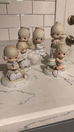 Precious Moments Figurine Set for Sale in Yeadon, PA