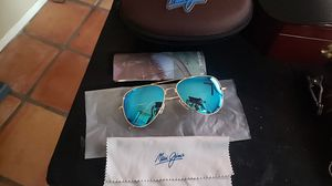 Maui Jim aviator glasses brand new never worn for Sale in Tucson, AZ