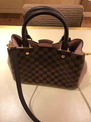 Louis Vuitton BRITTANY Bag for Sale in Cleveland, OH