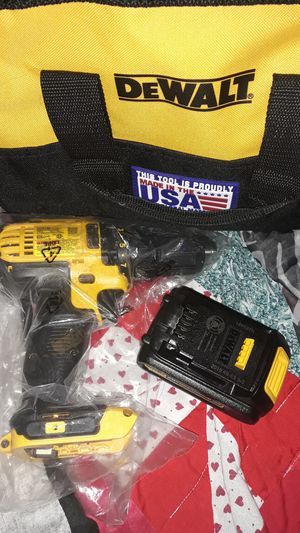 Dewalt 1/2inch drill driver with battery 'battery charger and work bag this is brand new never been used for Sale in Wichita, KS