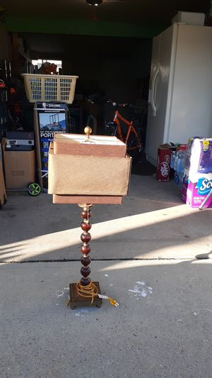 Nice cute floor lamp for Sale in Levittown, PA