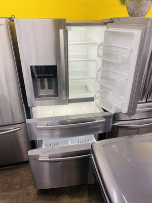 Refrigerator for Sale in Bell Gardens, CA