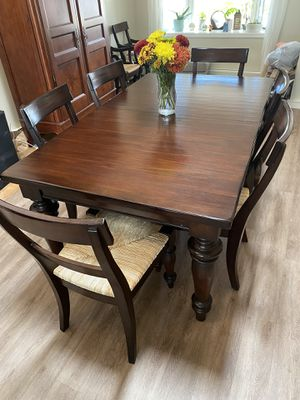 Dining room table with 8 chairs and 2 leafs - Pottery Barn Espresso. Excellent Condition. Solid Wood (Display cabinet also available) for Sale in PT PLEAS BCH, NJ