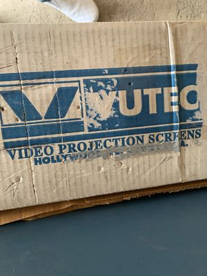 VUTEO Video Projection Screen for Sale in Aurora, IL