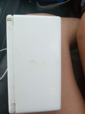 Nintendo ds lite with 2 kid games for Sale in Rio Linda, CA