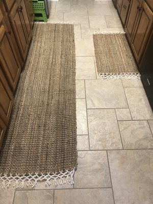 Barely used Handwoven Boho Jute rug and runner for Sale in Midland, TX