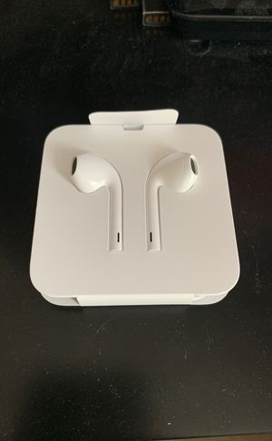 Apple earbuds for Sale in Fenton, MO