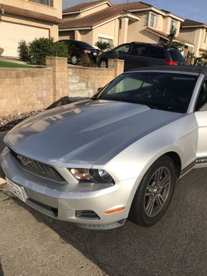 Mustang, ford, automatic, clean title for Sale in San Diego, CA