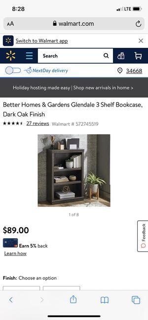 3 shelf book case for Sale in Port Richey, FL