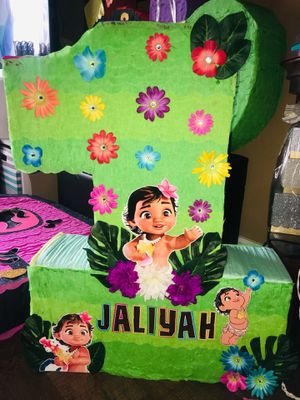 Baby Moana 1st piñata for Sale in Miami, FL