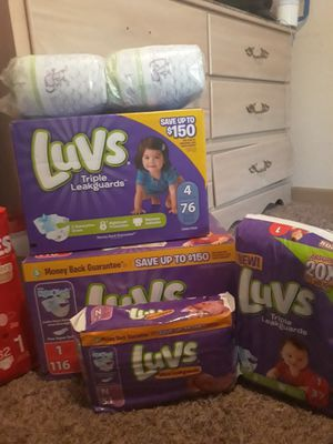 Diapers!luvs,huggies,Pampers 5$ newborn & size 1 also similac single bottles premade for Sale in San Antonio, TX