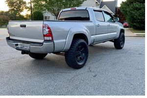 Amazing 2009 Toyota Tacoma 4WDWheels for Sale in Cleveland, OH