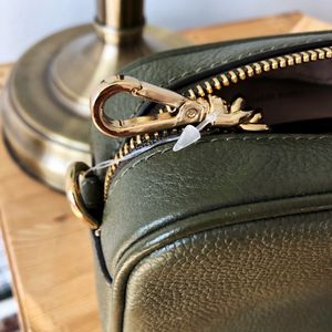 Michael Kors Crossbody Bag for Sale in West New York, NJ