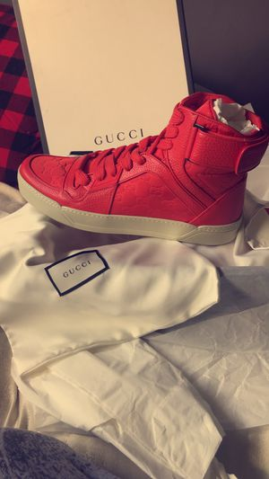 Gucci shoes sz13 never worn for Sale in Lynnwood, WA