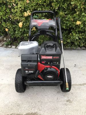 CRAFTSMAN PRESSURE WASHER - 3100 PSI, 2.8GPM, WITH HEAVY DUTY HOSE, LIKENEW- GREAT PRESSURE- STARTS RIGHT UP - WORKS GREAT.. for Sale in Greenacres, FL