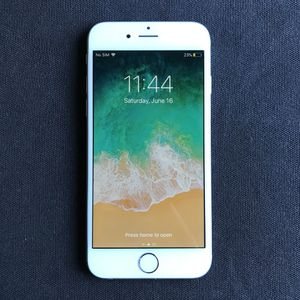 Apple IPhone 6S 16GB Factory ICloud Unlocked Like New for Sale in Fairfax, VA