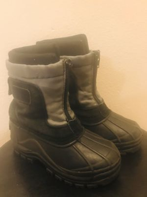 Snow boots for kids size 12 for Sale in Everett, WA