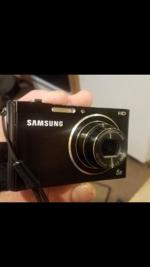 Samsung Wi-fi, HD,usb rechargeable, digital camera for Sale in Bloomington, IN