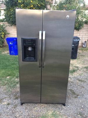 Stainless Steel General Electric Side By Side Refrigerator For Sale for Sale in Rancho Cucamonga, CA