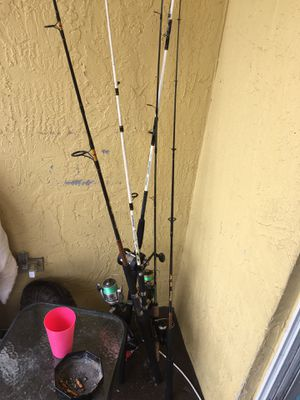 5 fishing poles for Sale in West Palm Beach, FL