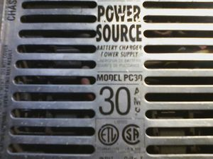 30 amp power supply and charger 12volt for Sale in Fresno, CA