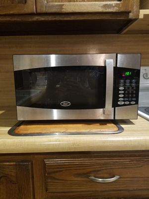 Microwave (900W) for Sale in San Diego, CA