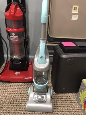 Pretend play vacuum cleaner for Sale in Germantown, MD
