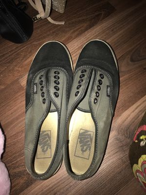Size 7 grey and black vans for Sale in Long Beach, MS