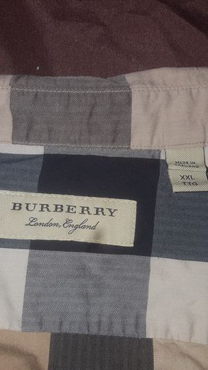 Burberry dress shirt for Sale in Silver Spring, MD